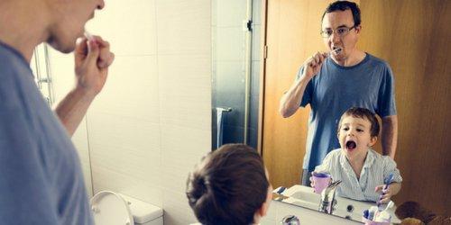 teach children to brush their teeth