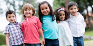 Smiling kids with healthy teeth has an optimal growth